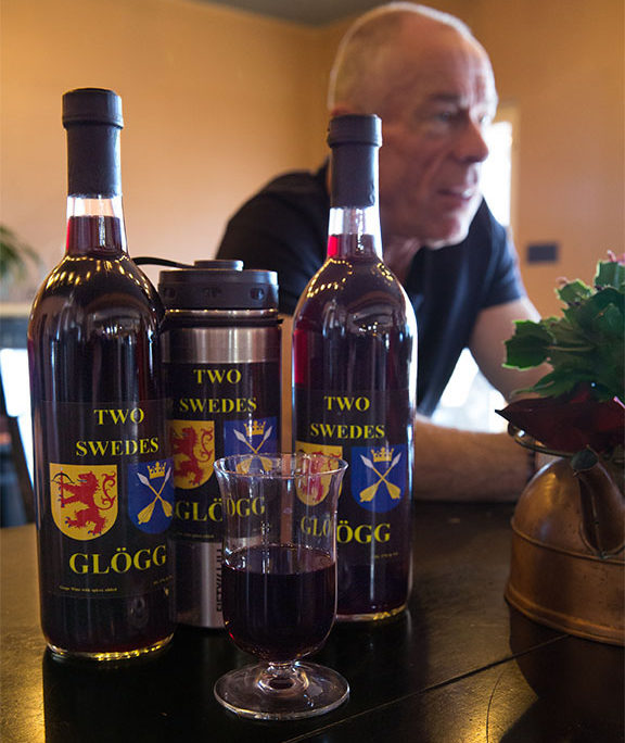 Two Swedes Glögg bottles and co-founder Per-Magnus Persson