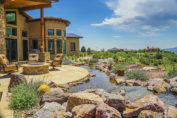 outdoor living water feature terrace