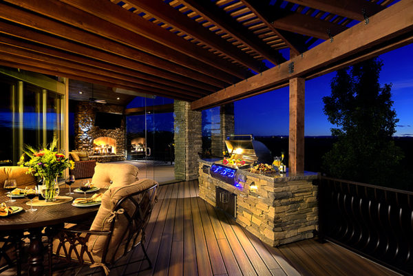 outdoor living grill and deck