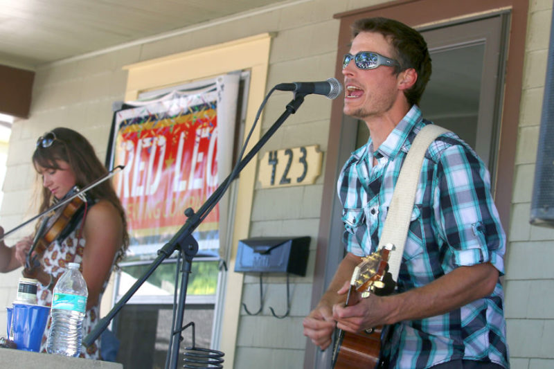woodshed red plays porchfest