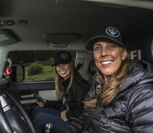 walker and lewis in fj cruiser for rebelle rally