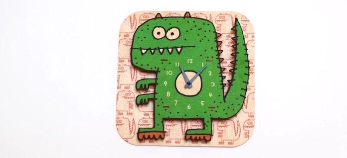 gifts green dinosaur clock