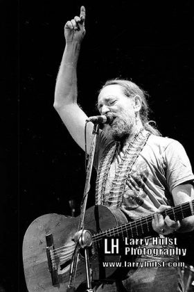 willie nelson by larry hulst