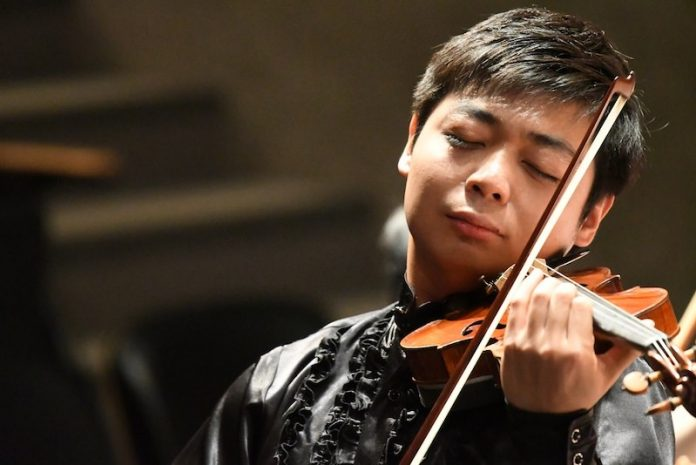 Violinist playing in Colorado College Summer Music Festival