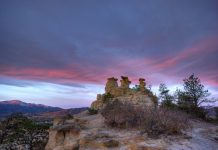 Colorado Springs trails, sunrise at Pulpit Rock