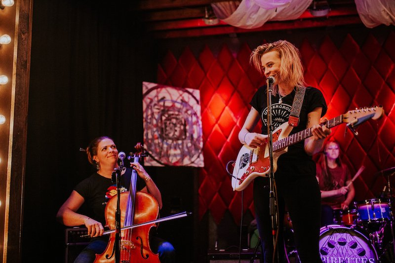 Kate Perdoni and Spirettes play live